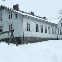 Karhen koulu puhuttaa pian hallituksessa