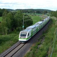 Kaupunginvaltuusto jätti pöydälle Suomi-radan rahoittamisen – Kaupunginhallitus olisi halunnut laittaa rataan jopa 0,5 miljoonaa