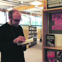 Syystuulet puhaltavat kirjastoon