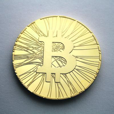 Virtuaalivaluutta bitcoinin ennakoidaan mullistavan kansainvälisen rahaliikenteen. Riippumattomalla virtuaalivaluutalla ei ole omistajia, vaan sen arvo pohjautuu puhtaasti kysynnän ja tarjonnan väliseen suhteeseen. (Kuva: Wikimedia Commons)