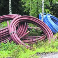 Kaivinkone katkaisi vesijohdon: Vuorentaustassa vedenjakelu poikki