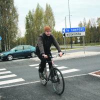 Uusi tieliikennelaki tuo muutoksia pyöräilyyn – katso uudet pyöräilyä koskevat liikennemerkit