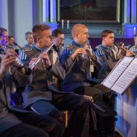 Suurkonsertti täyttää kirkon