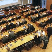 Puolueet jättivät kuntavaalien ehdokaslistoja