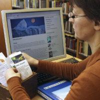 Kirjastoseula evästää neuvotonta