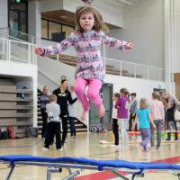 Lasten ja nuorten harrastamista ei voi rajoittaa liikaa: Lasku on jättimäinen