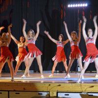 Koko koulun musikaali