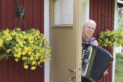 Kurun Urhea Matti, Reijo Nieminen, Naapurin Onni, Totiset Pojat, Kuru