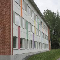 Oppilaita ja opettajia karanteniin Metsäkylässä – Alakoulun puolella altistuttiin koronalle