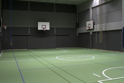 Moision koulu, liikuntasali, koulu