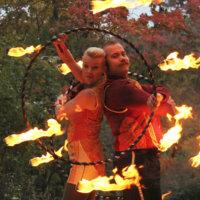Räikän tulet -tapahtumassa leikitään lauantaina 150 leikkijän voimin, ihmetellään taikurin temppuja ja ihastellaan tulishow'ta