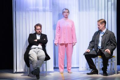 TTT Kellariteatteri, Tampereen työväen teatteri, Antti Mankonen, Heidi Kiviharju, Samuli Muje, näytelmä