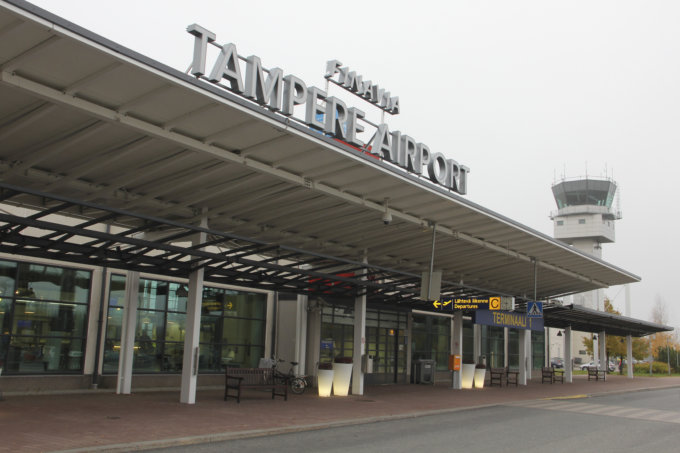 Tampere-Pirkkalan lentoasema, Tampere-Pirkkala, lentoliikenne