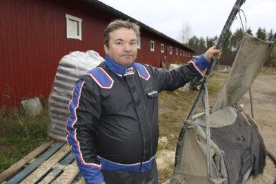 Ari-Pekka Pakkanen, ravit, ravivalmennus, hevosurheilu