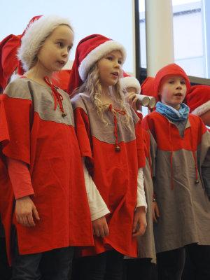 Koulutuskeskus Valo, joulujuhla, Valoisa joulujuhla, kotihoito, Emminkammari, Siseko, Valkokultahoiva, vanhuspalvelut