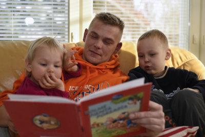 isänpäivä, Juha Karppinen, isyys, vanhemmuus, koti-isä, vanhempainvapaa