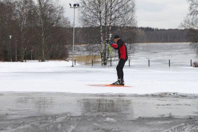 hiihtoloma, talviloma, Ylöjärven jäähalli, Ylöjärven uimahalli, Kauppakeskus Elo
