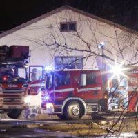 Läheltä piti -tilanne yöllä: Liedelle jäänyt ruoka oli sytyttää omakotitalossa tulipalon