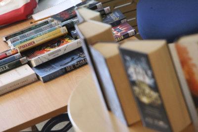 lukeminen, kirjasto, kirjallisuus, lukuinto, Ylöjärven kirjasto, Moision koulu, kirjavinkkaus, lukuvinkki