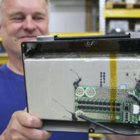 Litiumakuille lähtöpotku kierrätykseen