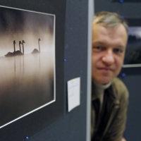 Valokuvaajat palkittiin tekemästään kulttuurityöstä – Kaupungin kulttuuripalkinto Kameraseura Mielikuvalle