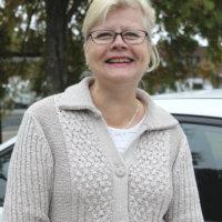 Marja-Liisa Kivistö; asuminen ja rakentaminen -teema, gallup siitä, miten ihmiset asuvat ja mitä he pitävät asumisessa tärkeänä