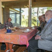 Vanhukset vastustavat saunapalveluiden loppumista Emminkammarissa