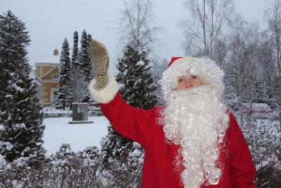 Joulupukkikisa, Anu Meuronen