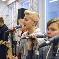 Vuorentaustan koulu juhlii satavuotiasta Suomea näyttävästi