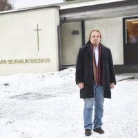 Seitsemän vuotta Ylöjärven seurakuntaa johtanut Kimmo Reinikainen hakee Hämeenlinna-Vanajan seurakunnan kirkkoherraksi