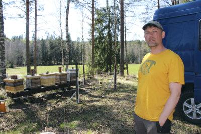 Veli-Mikko Leinonen, Hunaja-Mikko, hunaja, karhu-aita, kuva: Iiria Lehtinen