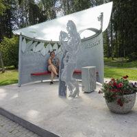 Badding-pysäkki kunnioittaa suomalaisen rockin uranuurtajaa