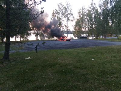autopalo, tulipalo (lukijakuva)