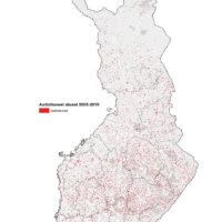 Kartalla olevat punaiset pisteet kuvaavat niitä alueita, jotka ovat tyhjenneet kokonaan vakituisista asukkaista vuosien 2005-2015 välisenä aikana.