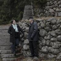 Ahveniston kivetyt polut -teos on oodi rakastetulle järvelle ja ylöjärveläiselle suurmiehelle