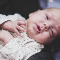 """Siina syntyi 25-viikkoisena pikkukeskosena, jonka tulevaisuutta lääkärit eivät uskaltaneet ennustaa – Ihmetyttö todisti voimansa ja pääsi kotiin ennätysajassa: """"On se tuollainen Super-Siina"""""""