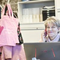 Haaveissa uusi koti? Jaana Peurala on auttanut kotikaupoissa jo 31 vuoden ajan