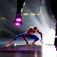 Elokuva-arvostelu: Spider-Man: Kohti Hämähäkkiversumia