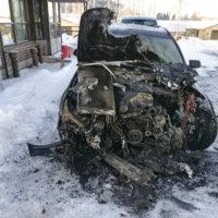Auto syttyi palamaan Viljakkalassa