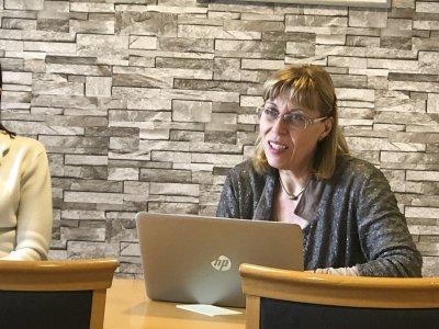 Anne Santalahti kommentoi Ylöjärven sotepuolen varautumista Ylöjärven Uutisille