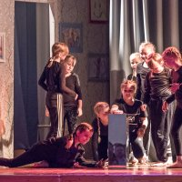 Vuorentaustan alakoululaisten upean musikaalin sanoma koskettaa kaikkia – katso kuvagalleria esityksestä