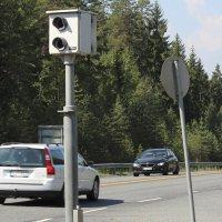 Mies kaahasi 123 kilometrin tuntivauhtia Soppeentien petolliseen kameratolppaan – kortti lähti kuivumaan