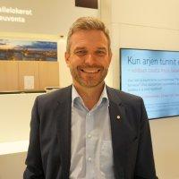 Jani Vilpposen luotsaamalla OP Tampereella on iso tehtävä Pirkanmaalla – pankki pitää asiakasrajapinnan kunnossa ja mukautuu kulloiseenkin aikaan