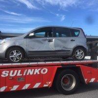 Onnettomuus kaikilla katastrofin aineksilla: Rekka pyyhkäisi Kytömäen perheen henkilöauton mukaansa moottoritiellä – auto ajautui toista sataa metriä 15-tonnisen rekan keulassa