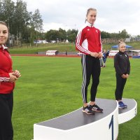 Kujanpään sisarukset samaan aikaan mitalivireessä – isoveli voitti Lapinlahdella ja pikkusisko Ylöjärvellä