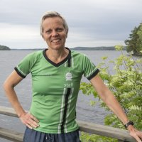 Yksi Suomen kaikkien aikojen parhaista moniottelijoista asuu Vuorentaustassa – Tiia Hautala valmentaa nykyisin nuoria urheilijoita
