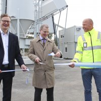 """Pohjoismaiden suurimman valmisbetoniyrityksen uusi tehdas avattiin: """"Tällaiset tilaisuudet ovat erittäin miellyttäviä"""" – katso kuvat"""