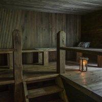 Vanhat talot: Hiljattain remontoitu Veittolan satavuotias sauna vilisee historiaa – pihan pumppukaivo namibialaista käsialaa