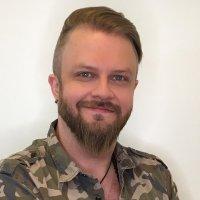Poplaulaja Pasi Vainionperä SUN Radion juontajaksi