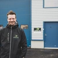 Mika Ahonen keskeytti koulut ja ryhtyi yrittäjäksi 16-vuotiaana – Miehen kehittämää patenttia ovat käyttäneet jättifirmat Coca-Colasta lähtien